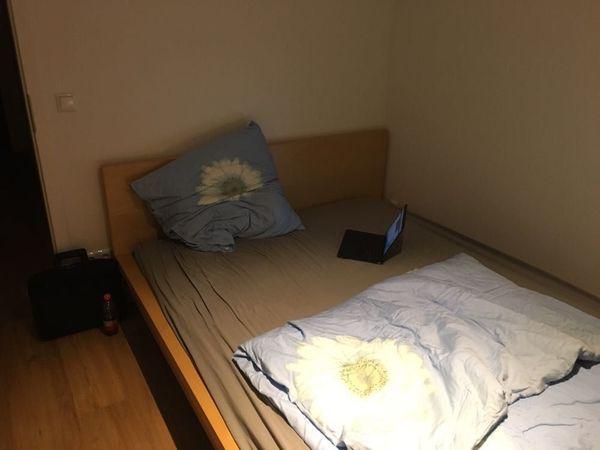 betten und matratzen kaufen betten und matratzen gebraucht. Black Bedroom Furniture Sets. Home Design Ideas