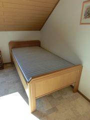 Neuwertiges Bett 100 x 200cm