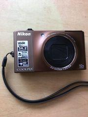 NIKON Coolpix S 8000 FOTOKAMERA
