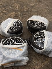 Neuwertige Felgen und Reifen für