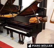 Klaviere / Flügel vom