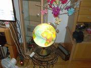 GLOBUS beleuchtet mit LUPE