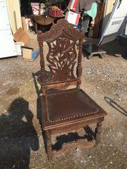 alte geschnitzte Stühle 6