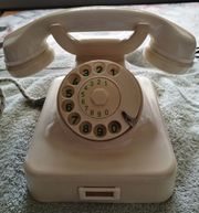 Altes Telefon mit