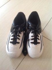 Fußball Hallenschuhe Adidas