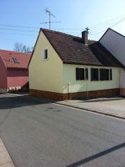 Freistehendes kleines Einfamilienhaus