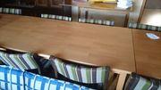Tische aus Holz,