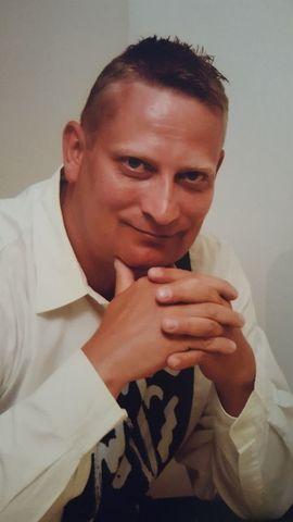 glauchau sie single er oberfranken sucht frauen  Oberfranken, Mann sucht Frau, Single Er sucht Sie Partneranzeigen Singles auf Glauchau sie single er oberfranken sucht frauen - Er sucht Sie - Mann sucht Frau - Partneranzeigen Er sucht Kontaktanzeigen aus Oberfranken in Bayern bei Er sucht Sie Michelau i. Er sucht Sie - Mann sucht Frau - Partneranzeigen Singles auf Oberfranken - Er sucht Sie - Mann sucht Frau - Partneranzeigen Er sucht Sie ForchheimOberfranken, Mann sucht Frau, Single Er sucht sie Hof - Männliche Singles aus Hof.