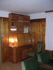 Wohnzimmer komplett Sekretär Schrank und
