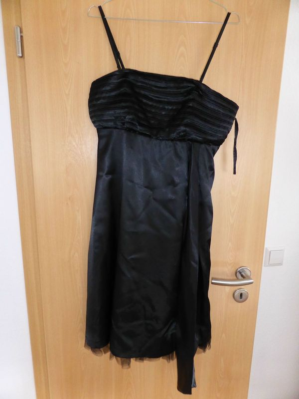 Schwarzes kleid bonprix