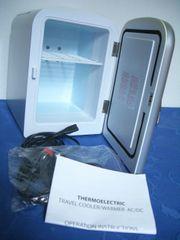 Mini Kühlschrank Silberfarben mit Zubehör