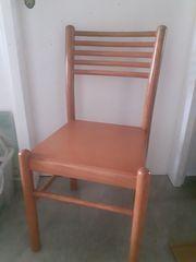 2 Stühle und Bank in