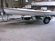 Angelboot mit Slipwagen