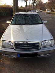 Mercedes-Benz C 180 Limousine Silbermetallic