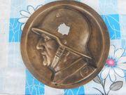 Messing Relief eines Soldaten 2