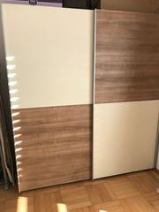 Möbeln und Beleuchtungen günstig verkaufen