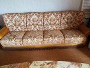 Couch 2 Sessel und Couchtisch