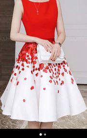 Neues Chiffon Kleid