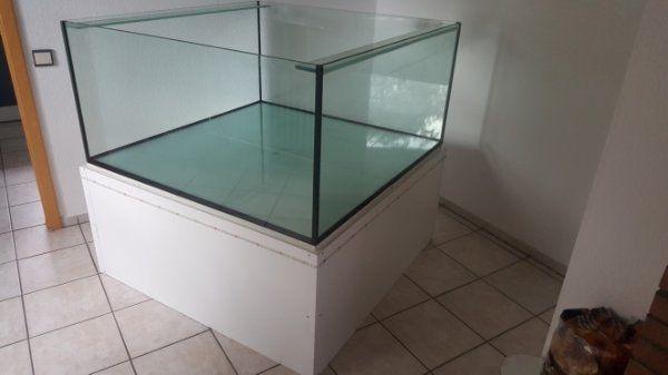 unterbau kleinanzeigen kaufen verkaufen bei deinetierwelt. Black Bedroom Furniture Sets. Home Design Ideas