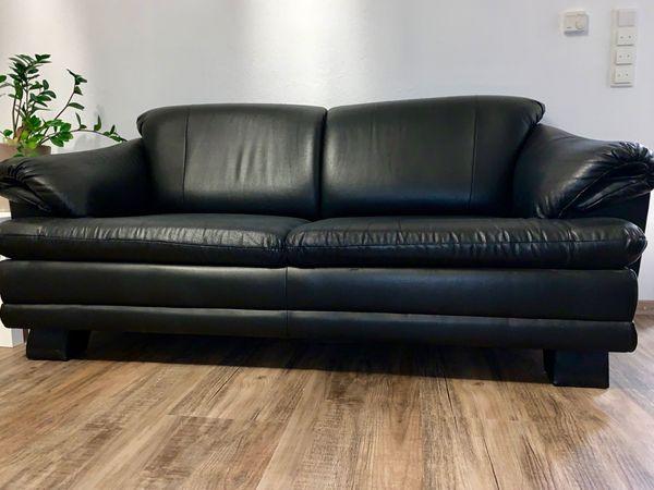 Schwarze Zwei Sitzer Couch 200 X 90 Cm In Neustadt Polster