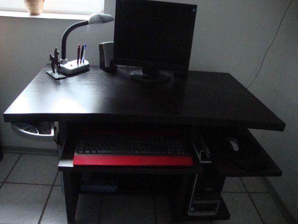Schreibtisch dunkelbraun in Gernsheim - Büromöbel kaufen und ...