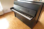 Pfeiffer Klavier mit