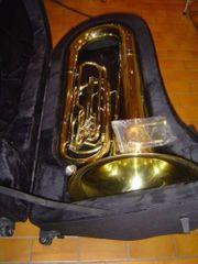 B-Tuba, Marching,