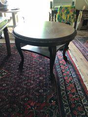 Antiker runder Tisch,