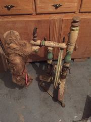 Verhandelbar Altes originales Spinnrad