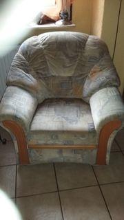 Eckcouchgarnitur und Sessel