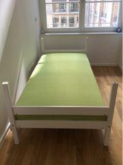 Neues Bett aus