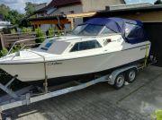 Motorboot mit Trailer