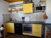 Küche Mangogelb mit Spüle und