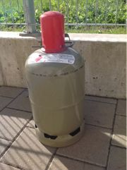 Gasflasche 6 5kg fast voll