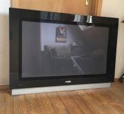 Philips ambilight TV 42PF9631D 10