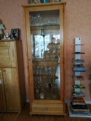 Wunderschöne Glasvitrine, Birke