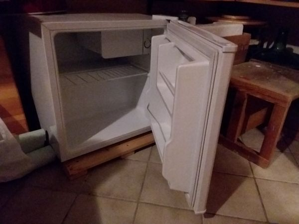 mini kuhlschrank auto gebraucht kaufen nur 3 st bis 70. Black Bedroom Furniture Sets. Home Design Ideas