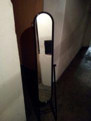 Standspiegel schwarz lackierter Metalrohrrahmen