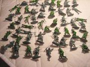 50 Militärsoldaten Spielzeug Kunststoff 1