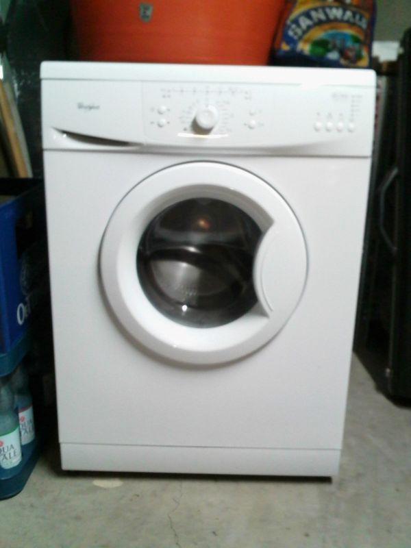 waschmaschine top zustand ankauf und verkauf anzeigen. Black Bedroom Furniture Sets. Home Design Ideas