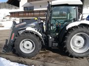 Traktor Lamborghini R3.