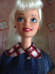 Neue Barbiepuppe mit