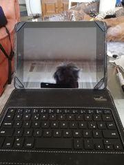 Apple IPad mit Tastatur