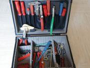 Alu Werkzeugkoffer mit Werkzeug für