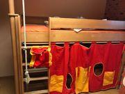 Kinderzimmer Hochbett, Schrank,