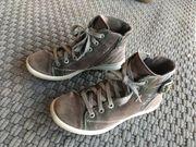 Sneaker hoch Gr 35