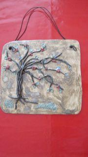 Getöpfertes Bild mit Baum - Breite