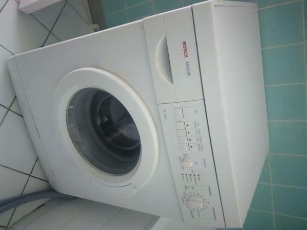 Zum verschenken waschmaschine kommode und kleiner schrank in