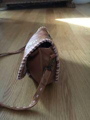 Kleine Handtasche von