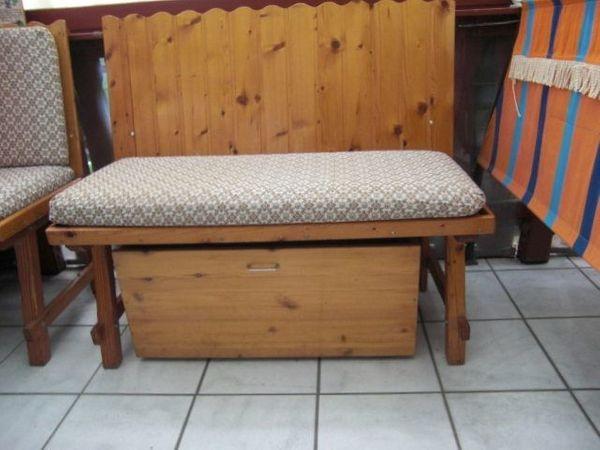 Holzbank sehr stabil-zweisitzig